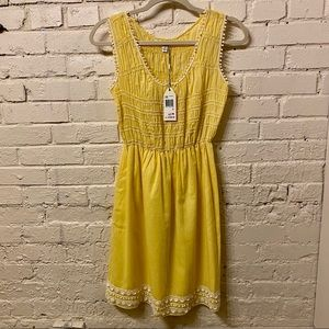 🛍 Sophie Max NWT Yellow Skater Dress, size S